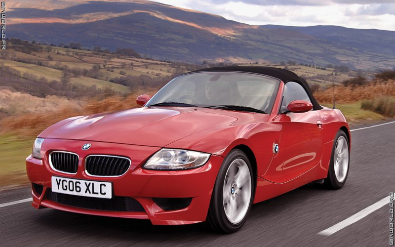 z4 e85 m roadster uk 2006 voiture de s rie fonds d 39 cran le monde des bmw. Black Bedroom Furniture Sets. Home Design Ideas